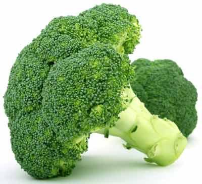 Thân súp lơ giàu cãni và vitamin C, ngoài ra còn giàu chất xơ,...