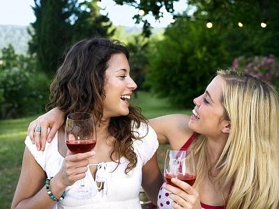 Rượu vang được ví như sự