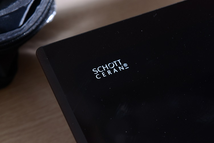 Mặt kính Schott Ceran bếp từ Bosch PUC631BB2E