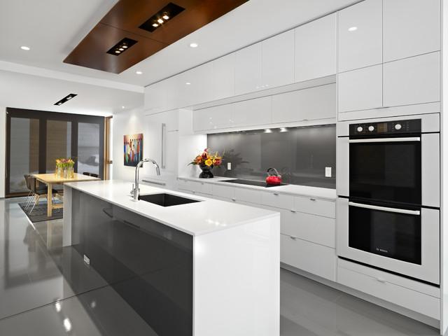 Bếp từ gắn liền với phong cách sống hiện đại
